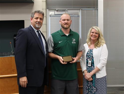 Erik Bell Receives Teacher of Excellence Award